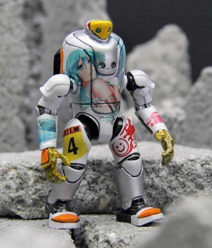 TOTEM-MIKU-2