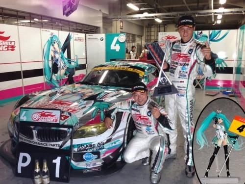 good-smile-racing-wins-2013-super-gt300