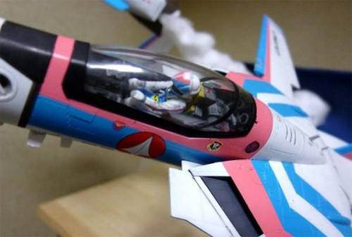 macross-angel-birds-model-kit-diaorama-3
